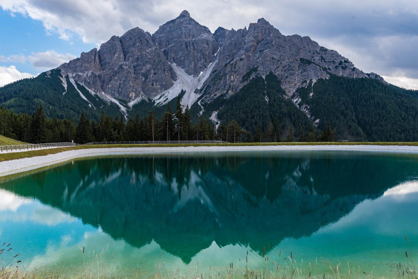 Serles mit Spiegelung im See